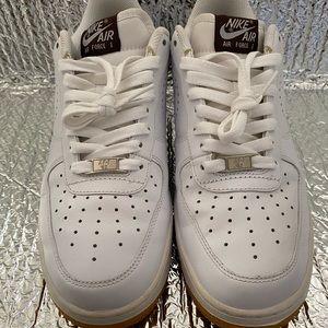 Nike Air Force 1 White Dark Cinder Gum Men's 8.5